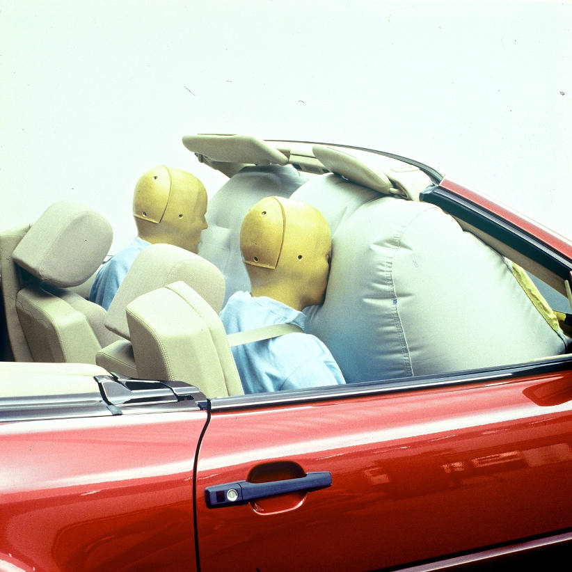 More than 30 years of airbag safety for passengers