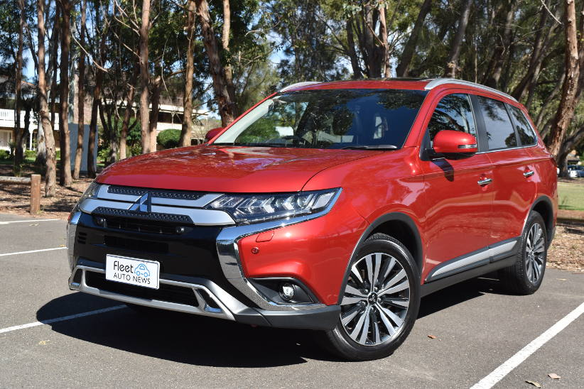 FAN novated review - Mitsubishi Outlander