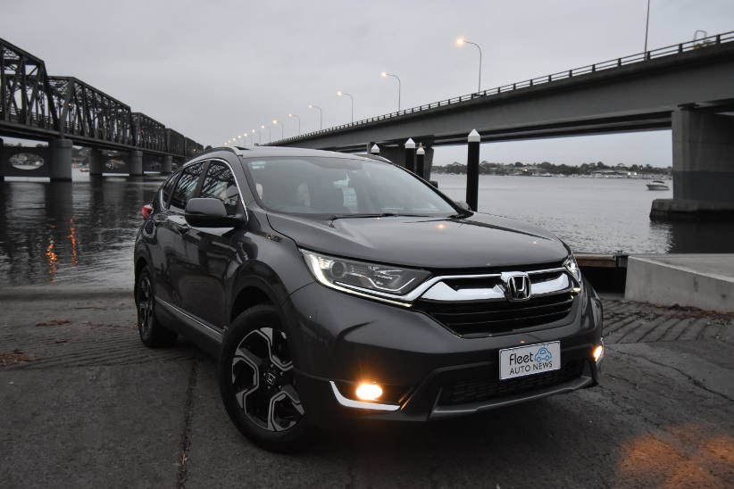 Honda CR-V - The Comfortable Runabout-Vehicle