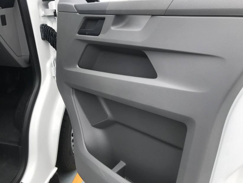 lots of storage in the door VW Transporter 61